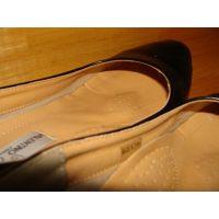 1066パンプス画像 仕事履き ローヒールパンプス 靴中