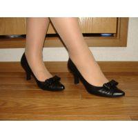 591パンプス画像 ダイアナの本革りぼんパンプス 靴底系