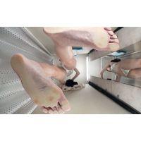HD高画質-足がとても長くて綺麗です。そして、あそこはとても毛深いです。1702-022-前編