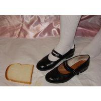 Marianne 080 ストラップ靴