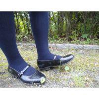 HARUTAのストラップ靴2_012 紺ハイソで