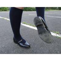 HARUTAのストラップ靴2_014 紺ハイソで