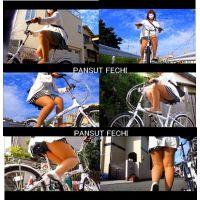 四十路のミニスカパンスト自転車part2-6
