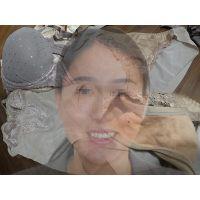 【保険外交員】優しい友達のお母さんが仕事中に履いて汚したパンティー【おまけ動画付き】