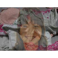 【塾講師】よく遊びに行く友達のお姉さんが仕事中に履いて汚したパンティー【おまけ動画付き】
