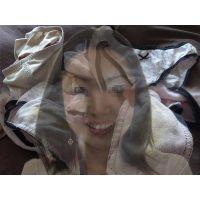 【保険営業】妻の友達が泊まりに来た時に履いて汚したパンティー【おまけ動画付き】