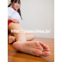 JAGA's 足神からの贈物 あしうら写真集+動画 ななみ ブルマ体操着 + 生足裏