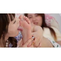 LSN-025 今日初めて女の子同士で足裏舐め合い 【RANA→佐緒里編】