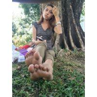 旅先でゲットした外国人の足裏� プープーちゃん  ミャンマー生足・くすぐり 現地レポート