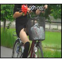 (極ミニver)【追跡】自転車で見えちゃったギャル服娘�