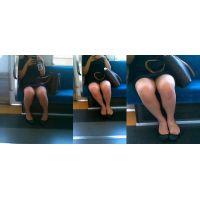 [587]ぽっちゃり娘の対面パンチラ&パンスト靴脱ぎ